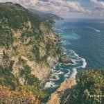 skały, fale, horyzont, cinque terre , majówka, włochy, morze, kamienieczki kolorowe, neverendingtravel.pl