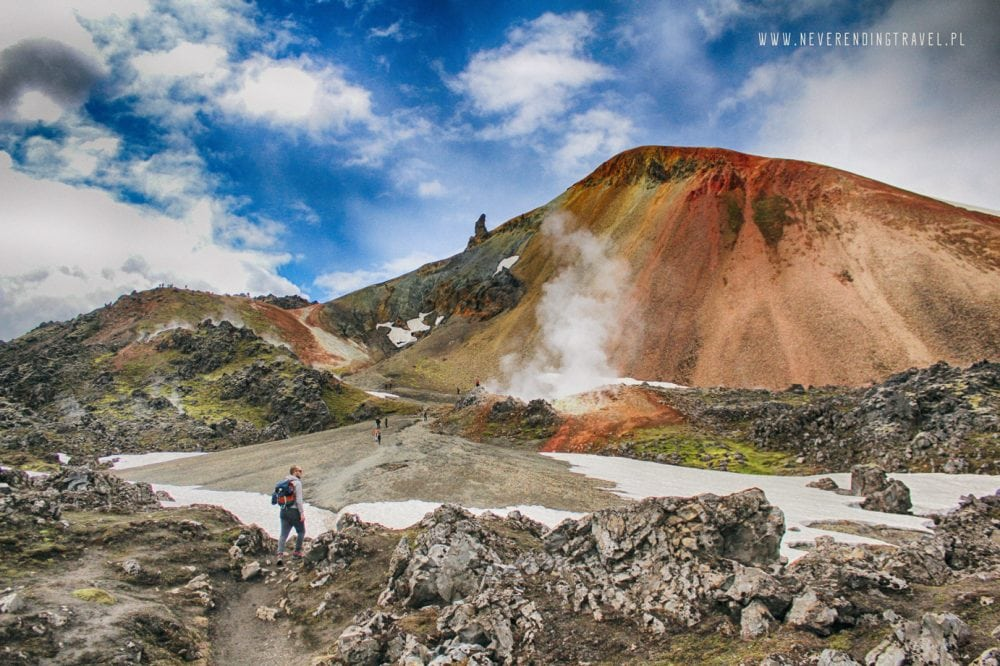 kolorowe góry na Islandii widok na wulkan Brennisteinsalda