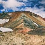 tęczowe góry na Islandii widok na wulkan Brennisteinsalda