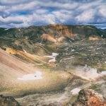 kolorowe góry na Islandii widok na pole lawowe wulkanu Brennisteinsalda na Islandii widok ze szczytu