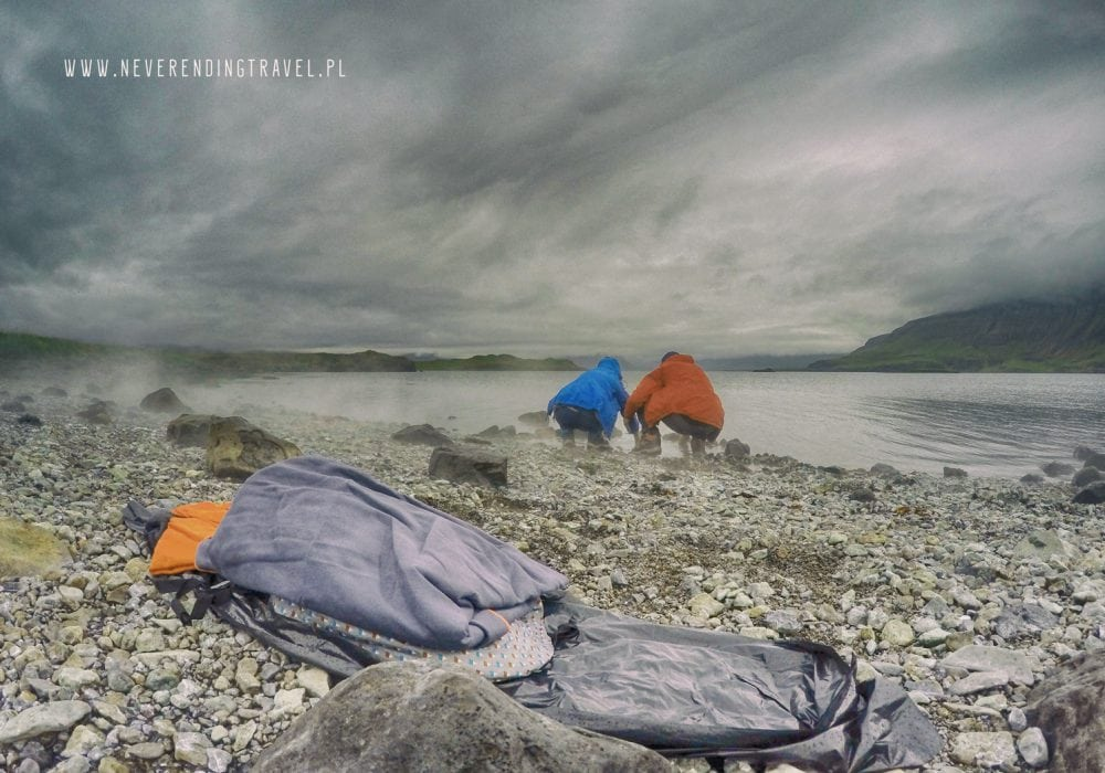 Hvalfjarðarlaug gorące źródło, na islandii