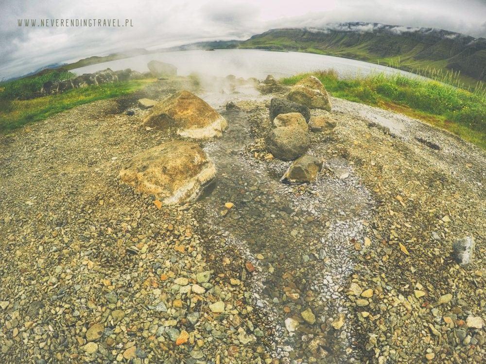 Hvalfjarðarlaug hotpot, hotspring, gorące źródło na islandii