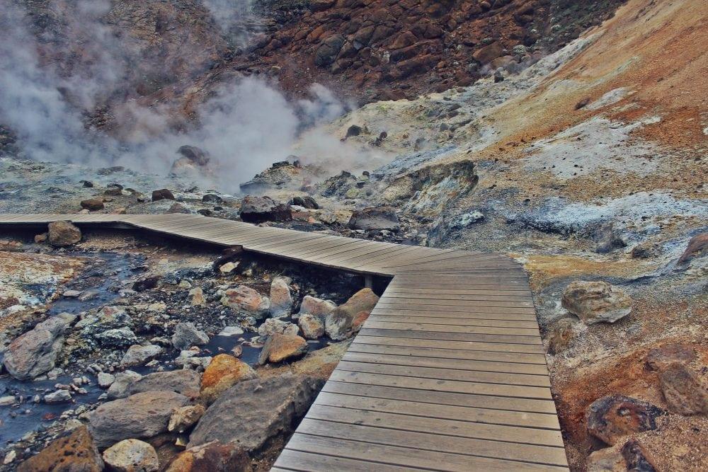 Krýsuvík- Seltún islandia pole geotermalne neverendingtravel fumarole, siarkowe
