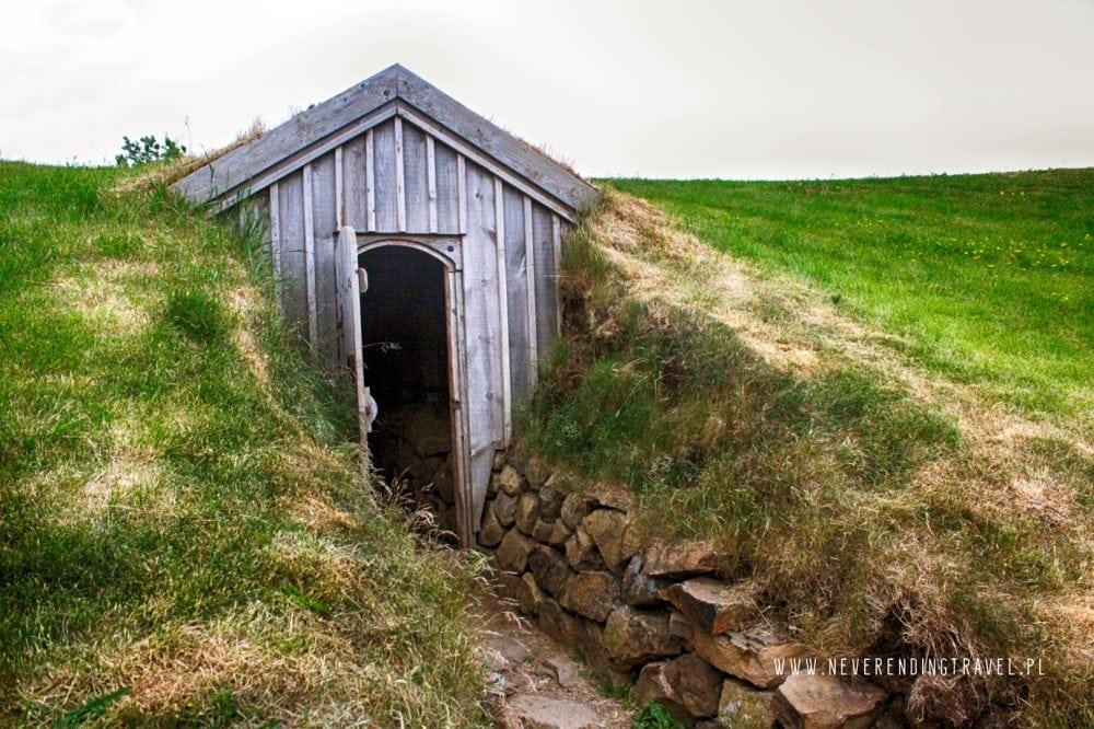 Snorralaug domek, wejscie na islandii
