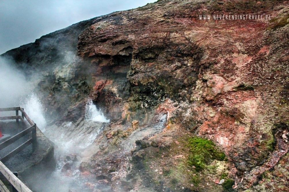 Deildartunguhver gorące źródło geotermalne, woda, para skały