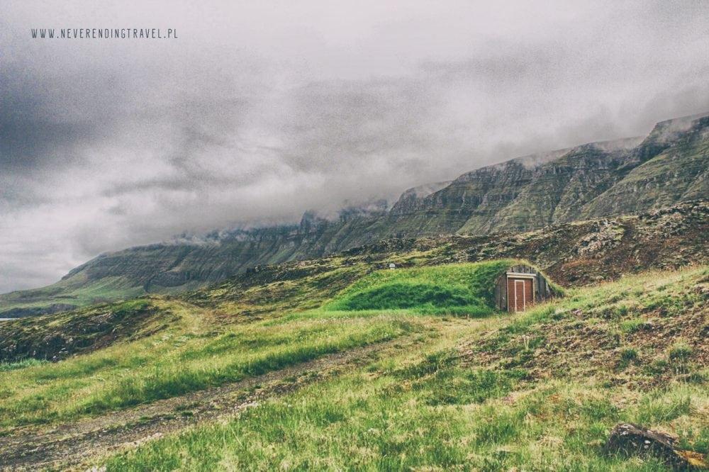 zimianka we fiordzie Hvalfjörður na Islandii