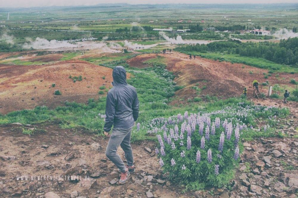 wzgorze na Islandi, punkt widokowy na Geysir, na gejzery