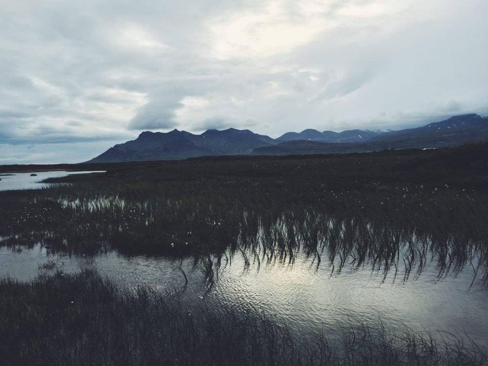 Landbrotalaug gorące źródło na Islandii jezioro