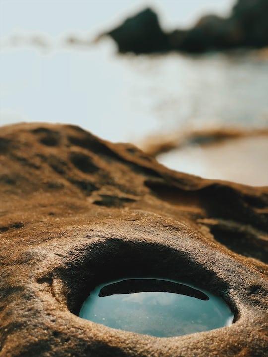 skała z wodą wyspa phu quoc wietnam neverendingtravel.pl