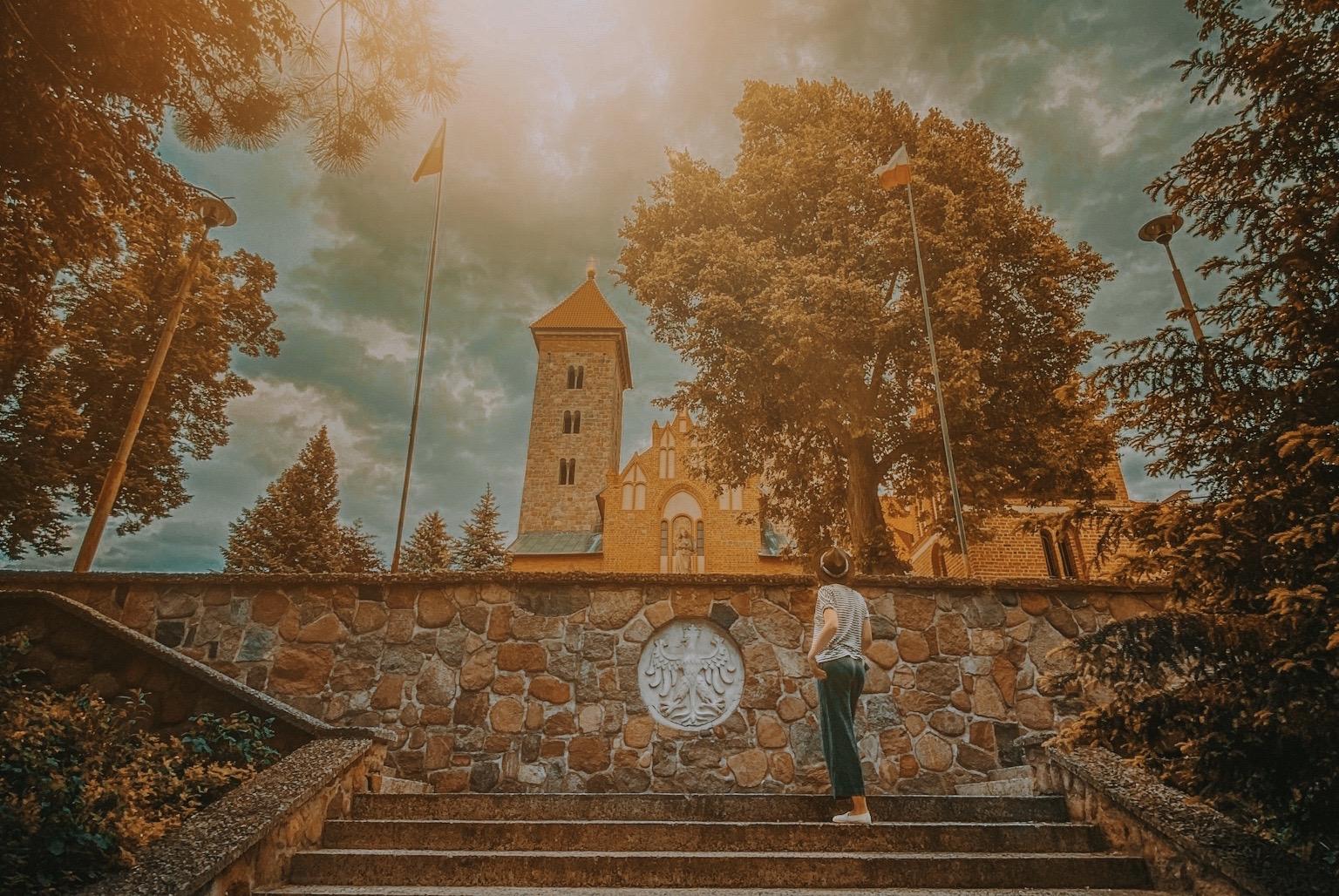 czerwinsk nad wisla templariusze jagiello kosciol polska skarpa z warszawy na weekend