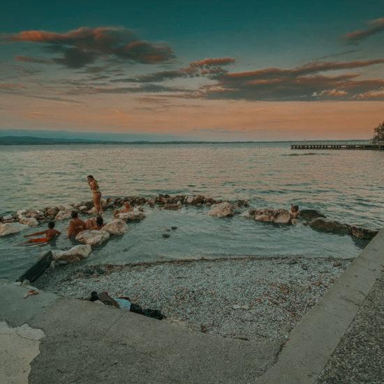 Sirmione nad Gardą gorące termalne darmowe źródła nad Gardą we Włoszech nieznane