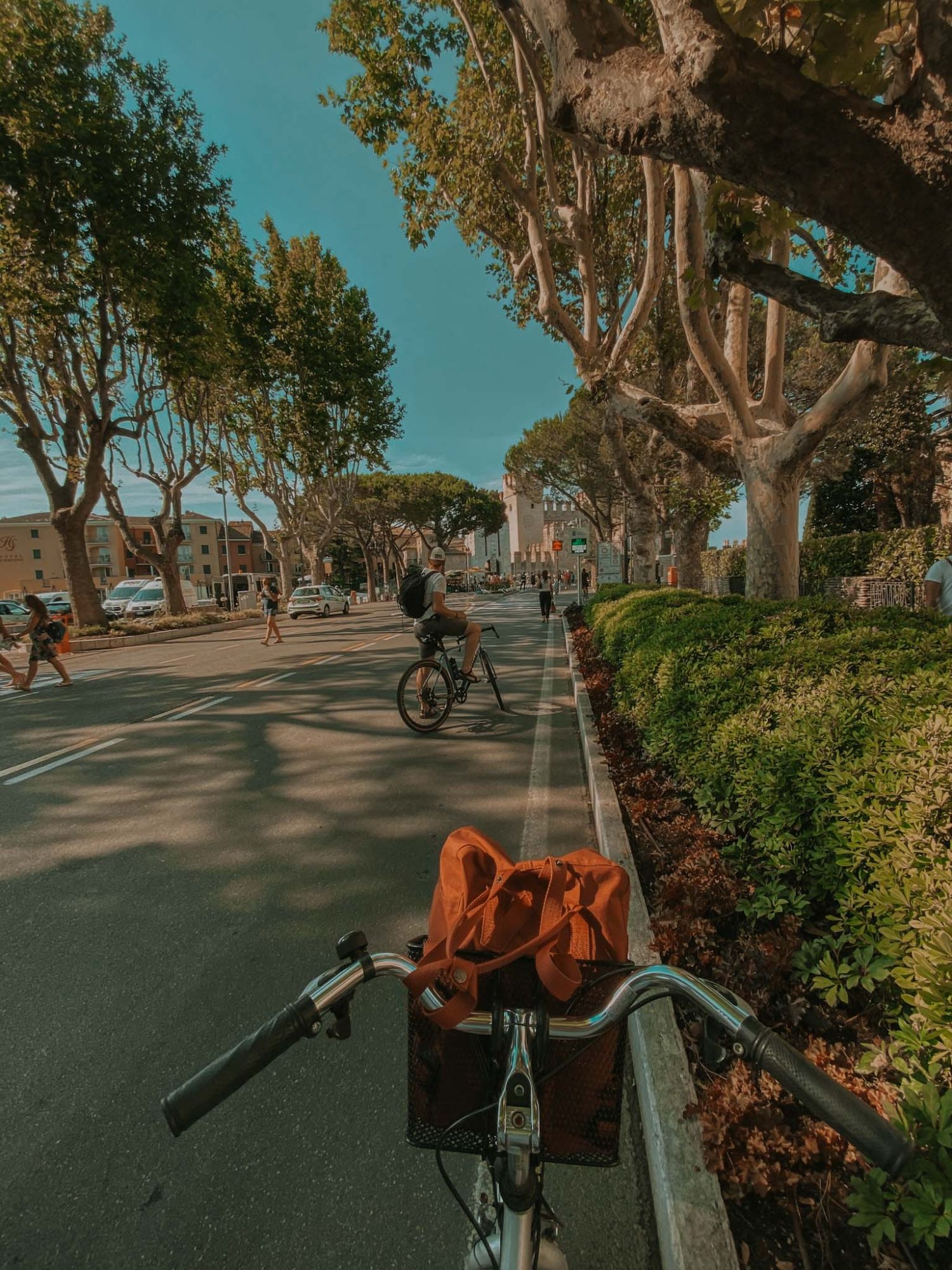na rowerze gorące, darmowe, źrodła, termy sirmione jezioro garda neverendingtravel