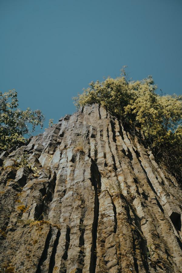 kraina wygasłych wulkanów, dolny śląsk atrakacje, na weekend, ciekawe miejsca, skały, nieznane miejsce, neverendingravel, w polsce, góry kaczawskie, dolnośląskie, silesia, poland travel, place in poland, małe organy myśliborskie, bazaltowe